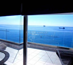 SEAFRONT APARTMENT TO BUY IN LIMASSOL