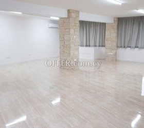 Office and shop Tziamouda area