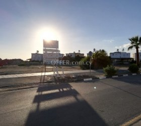 A seaside land of 9179 m² is for sale in the Larnaca Pervolia area.