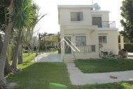 3 Bedroom Detached Villa with Big Plot, Pernera