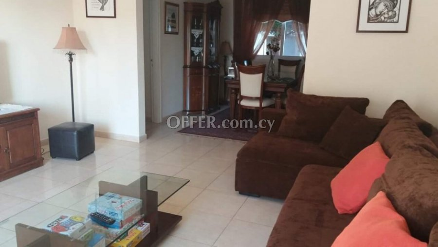 3 Bedroom House in Exo Vrisi, Universal for Sale - 3