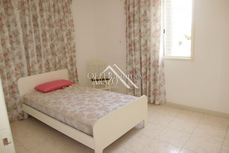 2 Bedroom Apartment with Title Deeds, Paralimni - 4