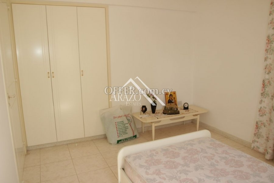 2 Bedroom Apartment with Title Deeds, Paralimni - 5