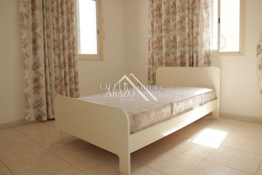 2 Bedroom Apartment with Title Deeds, Paralimni - 6
