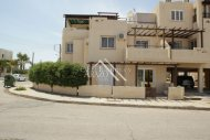 2 Bedroom Ground Floor Apartment with Title Deeds, Deryneia
