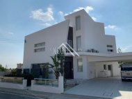 4 Bed Detached Villa For Sale in Oroklini, Larnaca