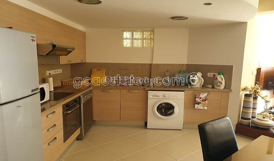 2 Bedroom Seafront Apartment For Rent, Limassol - 4