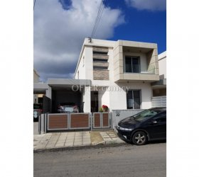 Lovely three bedroom detached house for sale in Kato Polemidia, Limassol - 11259