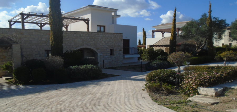 Three Bedroom Villa in Aphrodite Hills for Sale, Paphos - 1