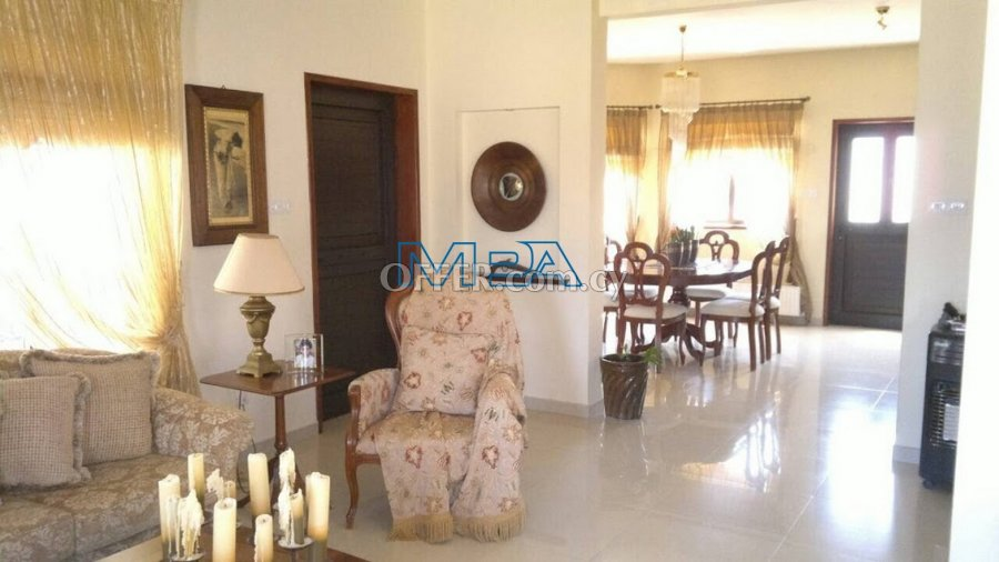 House in  Deftera for Sale - 2