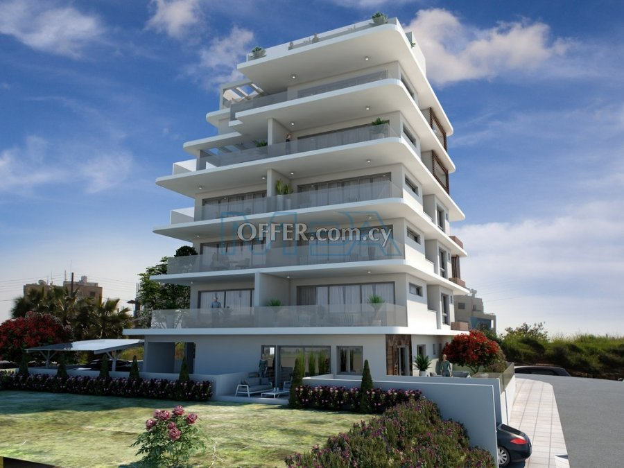 Luxury  Apartment In Makenzie - Larnaca - 3