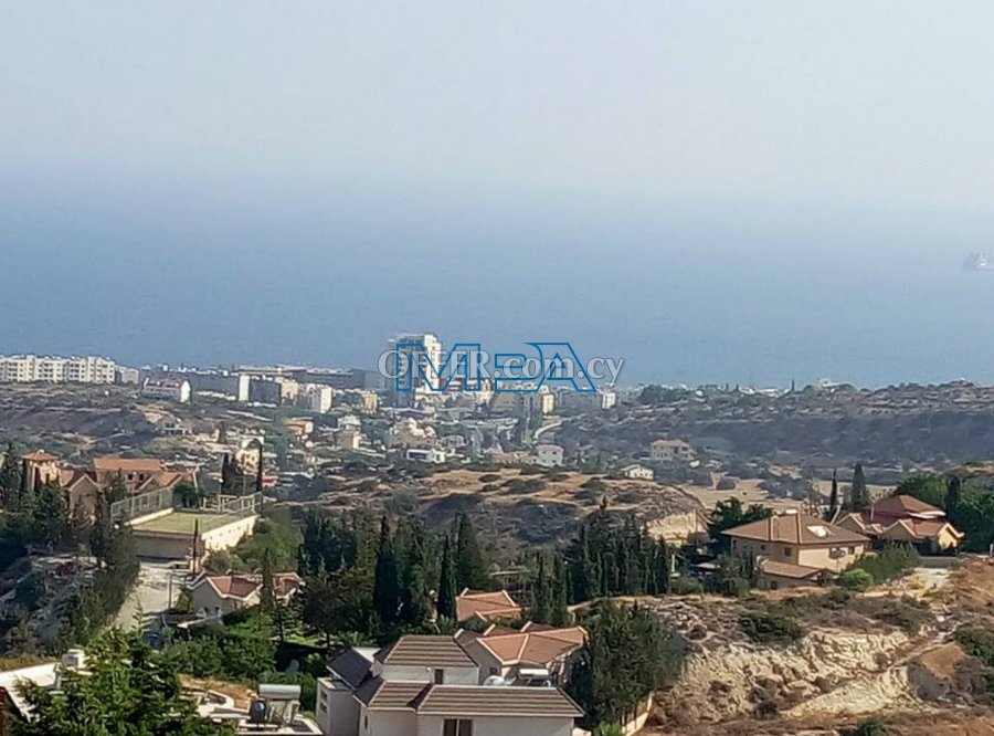 Residential Plot in Agios  Tychonas for Sale - 3