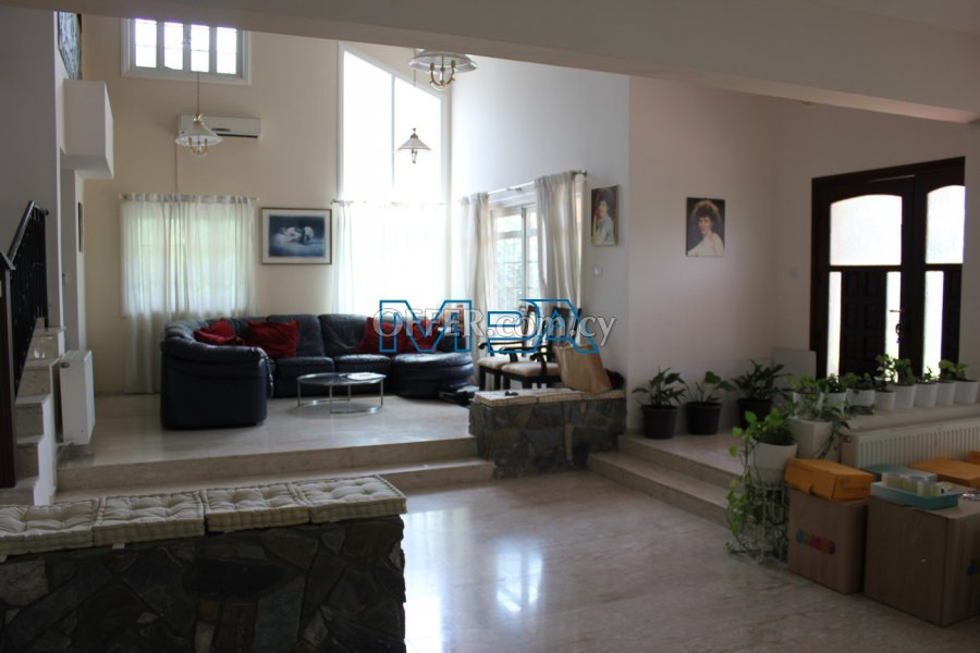 SPACIOUS HOUSE IN ARCHANGELOS FOR SALE - 3