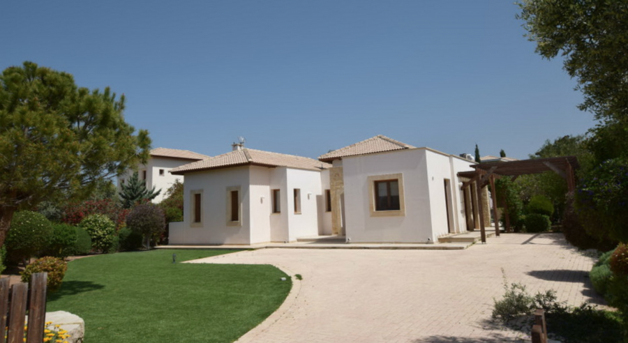 Three Bedroom Villa in Aphrodite Hills, Paphos for sale - 5
