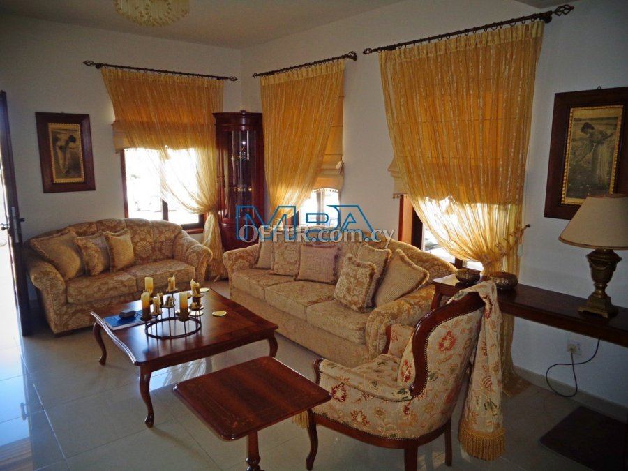 House in  Deftera for Sale - 5