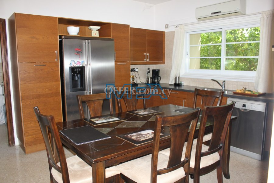 SPACIOUS HOUSE IN ARCHANGELOS FOR SALE - 5