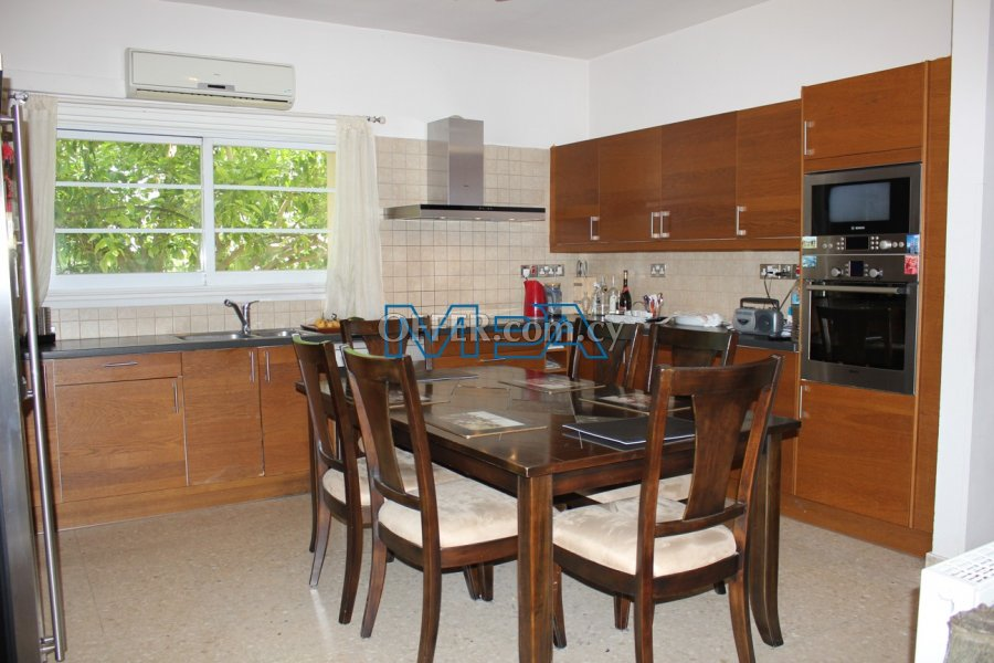 SPACIOUS HOUSE IN ARCHANGELOS FOR SALE - 6