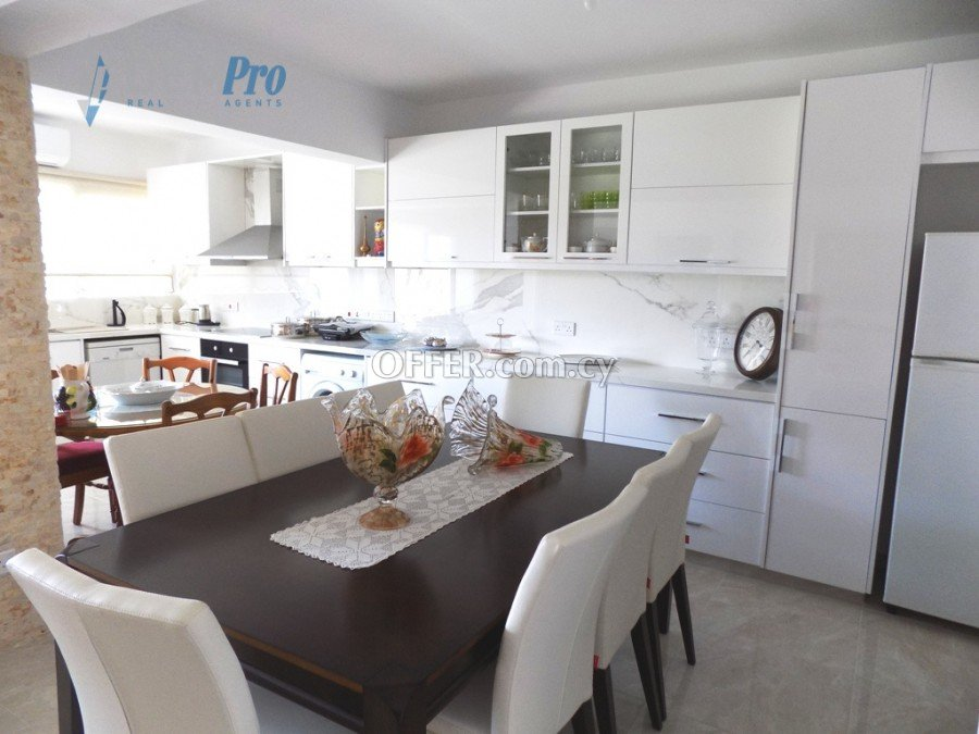 For Sale 3 Bedroom Apartment in Paphos Town Center - Cyprus - 5