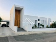 4 Bed House For Sale in Krasa, Larnaca