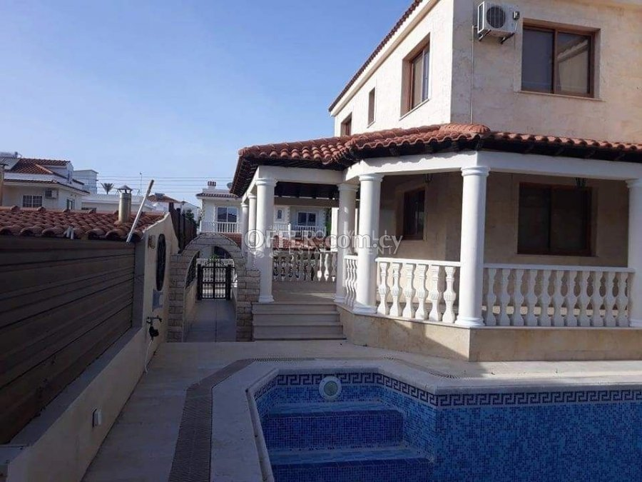 Four Bedroom Luxury House with swimming pool, Tourist Area of Pyla Village, Larnaca, Cyprus - 6