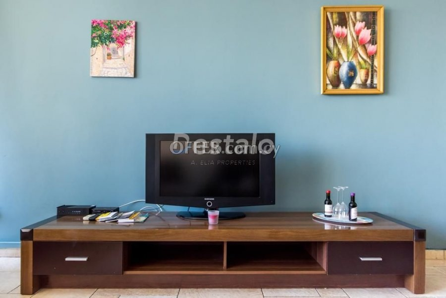 2 Bed Apartment For Sale in Center, Larnaca - 6