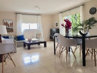 2 Bedroom apartment for sale in Peyia
