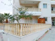 2 bed apartment in Geroskipou