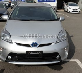 2015 Toyota Prius 1.8L Hybrid Automatic Hatchback