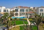 5 Bed Detached Villa For Sale in Pervolia, Larnaca