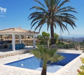 For Rent 4 Bedroom Luxury Villa in Paphos - Armou - 3