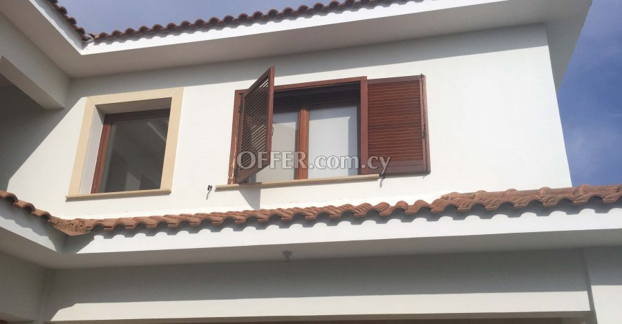 4 Bedrooms Detached House In Stelmek Area - 6