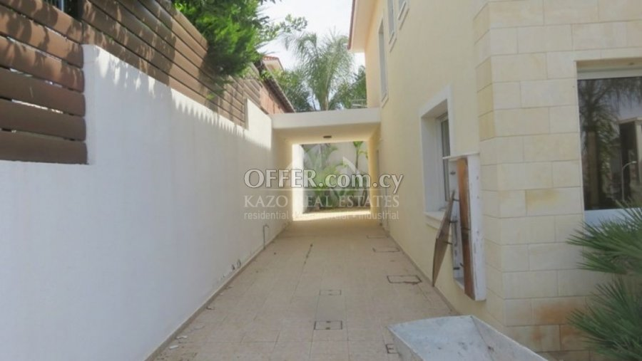 House Detached in Agios Athanasios Limassol - 2