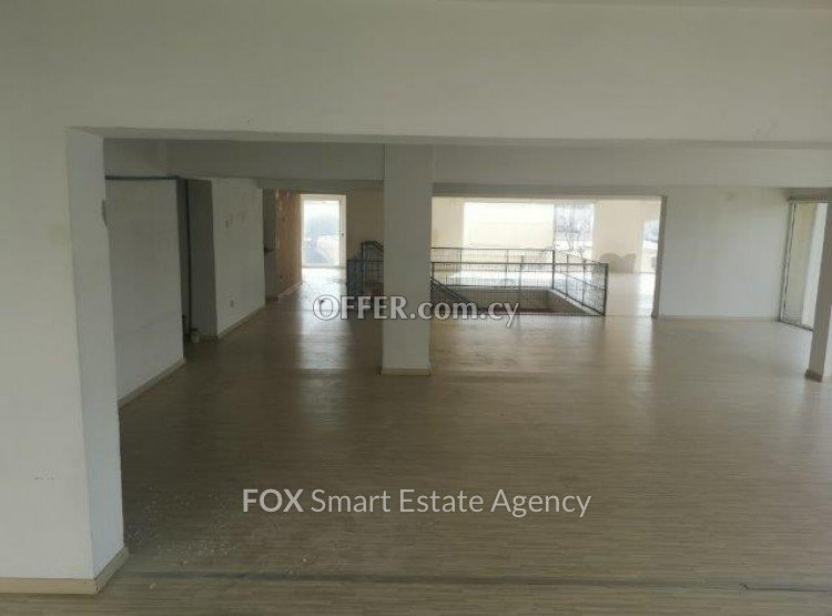 Building 			 For Rent in Mesa Geitonia, Limassol - 3
