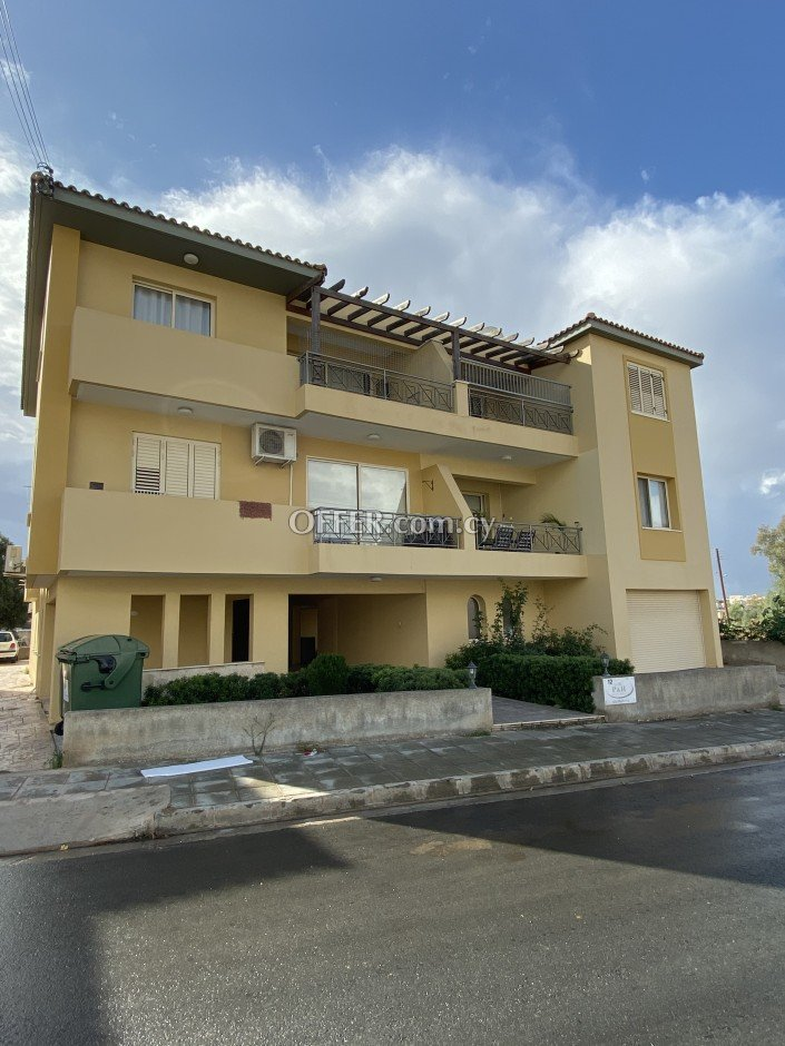 2 bedroom apartment for sale in Chloraka - 1