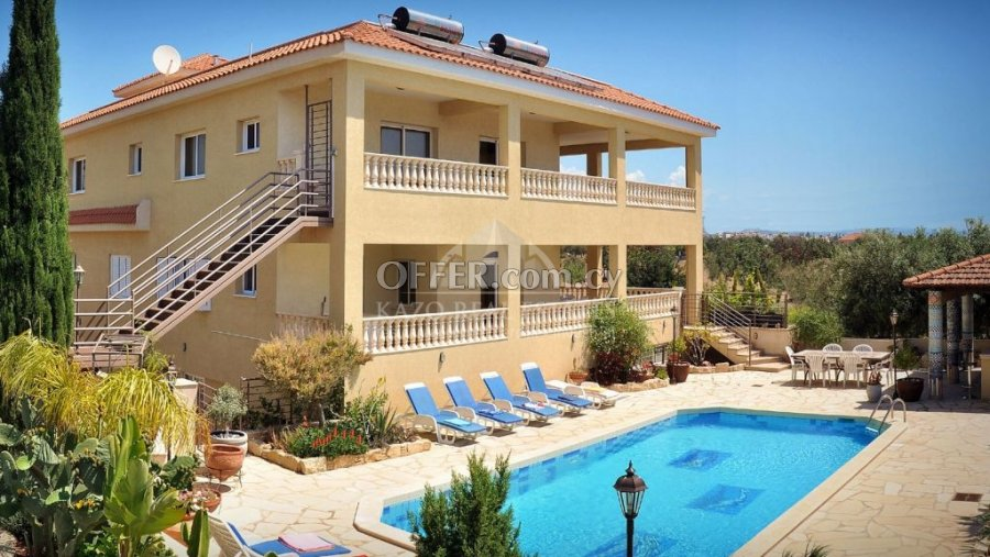 House Detached in Kolossi Limassol - 1