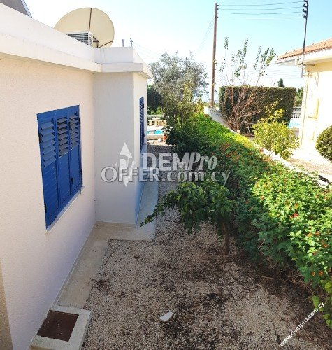 For Sale 3 Bedroom Detached Bungalow in Tremithousa Village - Pafos - Cyprus - 4