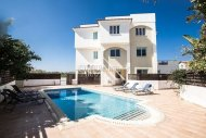 2 Bedroom Apartment Near to the Beach,Pernera