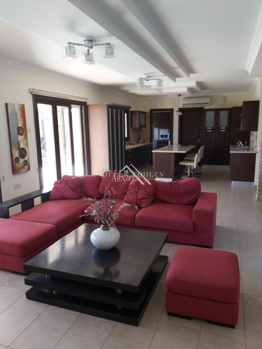 4 Bed House For Rent in Kiti, Larnaca - 2