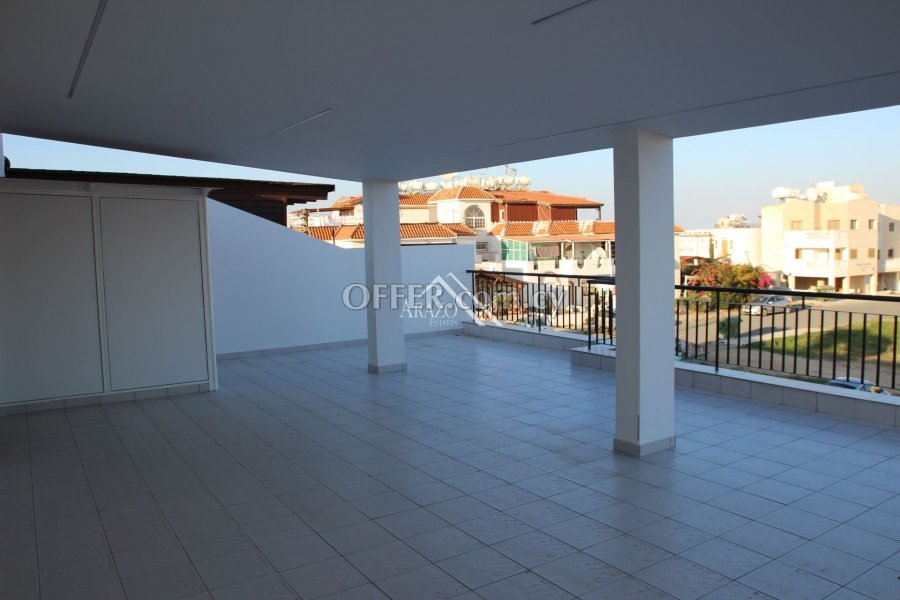 2 Bedroom Apartment with Title Deed, Paralimni - 1