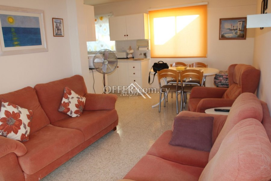 2 Bedroom Apartment with Title Deed, Paralimni - 4