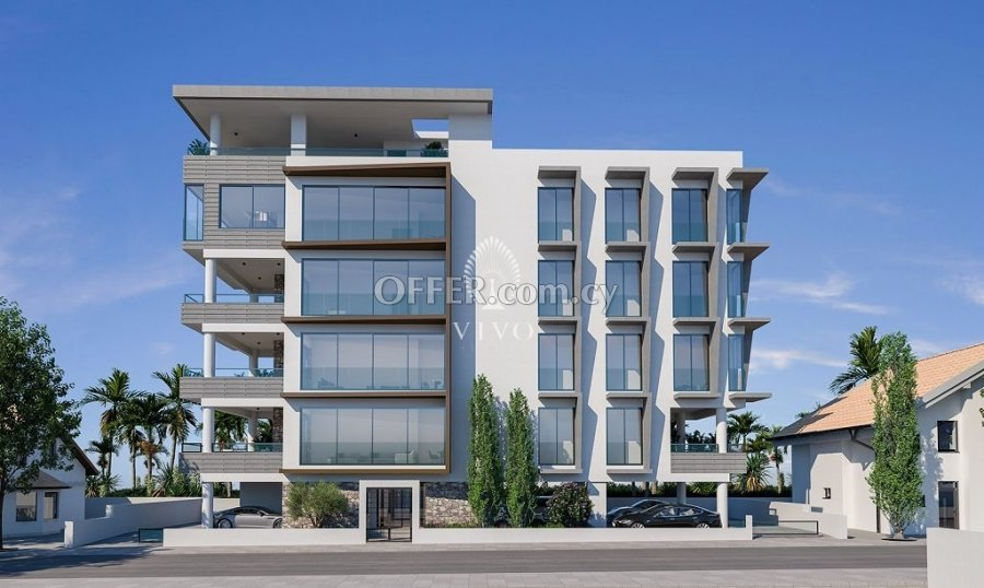 WHOLE FLOOR 2 BEDROOM APARTMENT IN LIMASSOL CITY CENTER - 1