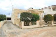 3 Bedroom Bungalow with Share of Land Title Deed, Paralimni