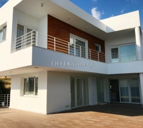 Villa – 4 bedrooms for sale, Agios Tychonos village, Limassol