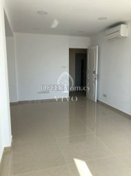 OFFICE FOR RENT WITH LARGE WINDOWS IN NEAPOLIS AREA - 4