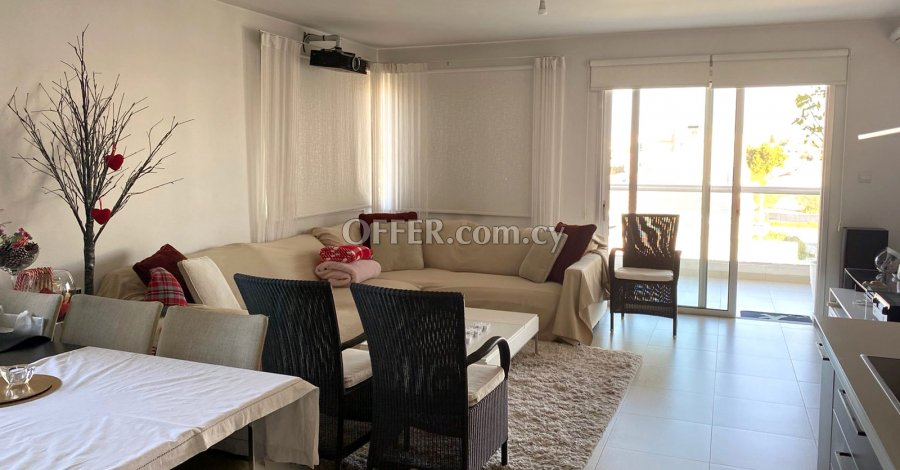 2 Bedrooms Penthouse Flat In Strovolos - 3