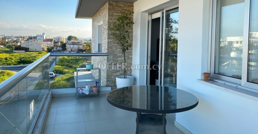 2 Bedrooms Penthouse Flat In Strovolos - 4