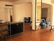 RESALE 3 BEDROOM FLAT OF 375m2 IN AG. ZONI