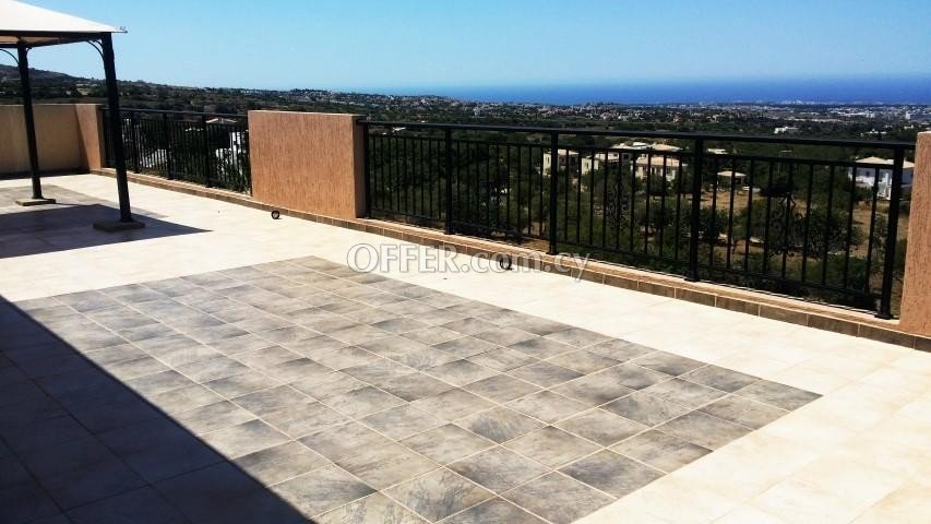 3 BEDROOM PENTHOUSE IN MESA CHORIO, PAPHOS - 2