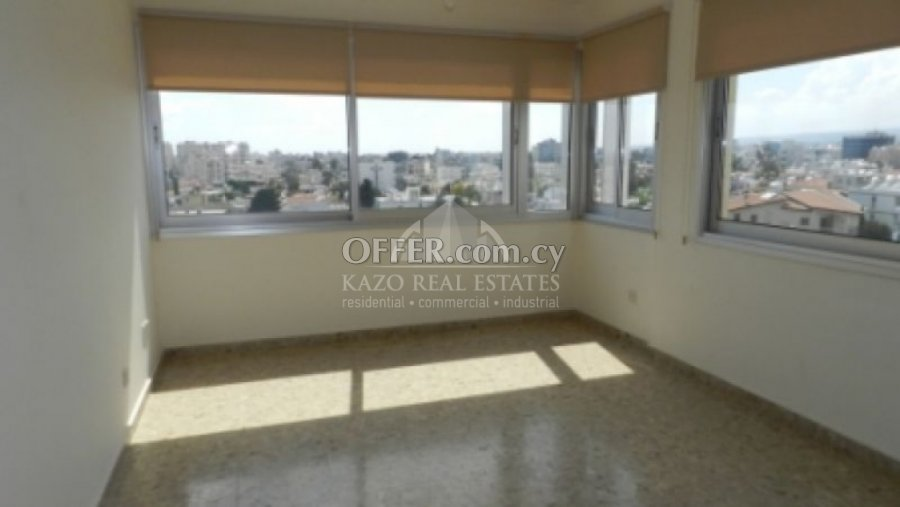 Office Commercial in Agia Zoni Limassol - 3
