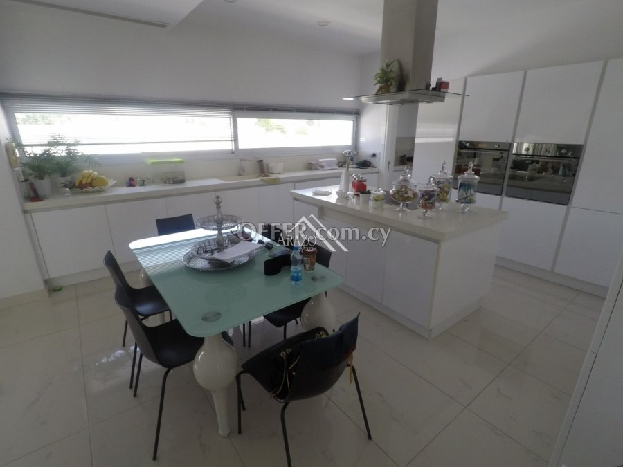 4 Bed House For Sale in Aradippou, Larnaca - 5